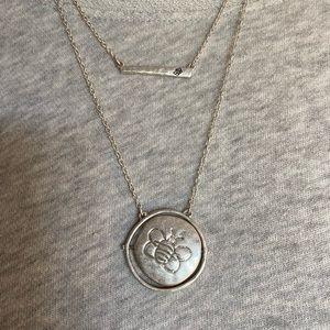 Jewelry - 2/$15❗️Bee Necklace